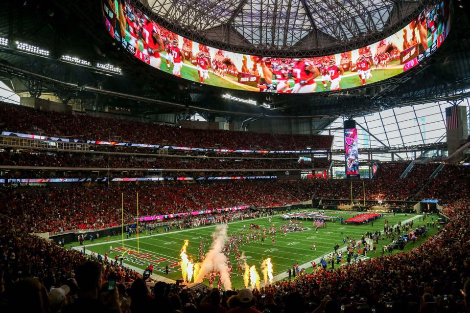 Mercedes Benz Stadium Vs Georgia Dome Alexan Eav